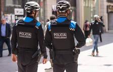 Imatge d'arxiu d'una patrulla de la Guàrdia Urbana de Lleida.