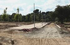 Els tres camins de paviment i l'enllumenat públic del Parc de les Olors estaran acabats dimarts.