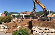 S'inicien a Alcover les obres per escalfar cinc equipaments municipals amb biomassa
