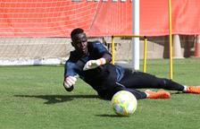 El porter Cheikh Sarr marxarà cedit a l'Oviedo B la pròxima temporada