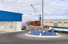 Controlado un incendio de virutas de madera en el Port de Tarragona