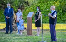 Tarragona recuerda a las víctimas y rinde homenaje a los 'héroes' de la pandemia