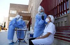 Salut marca l'objectiu de baixar la corba de contagis a Catalunya després que la propagació del virus s'estabilitzi