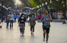 Catalunya puja a 31 casos diagnosticats per cada 100.000 habitants en 7 dies