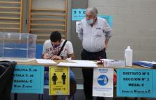 Obren els col·legis a Galícia i el País Basc per celebrar les primeres eleccions a l'Estat amb la covid-19