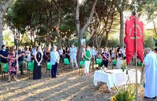 La Casa de Andalucía celebra el 'Rocío de luz' en el santuario de la Pineda