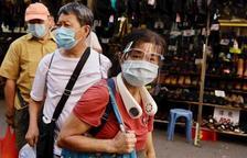Hong Kong supera rècord de noves infeccions en un sol dia, amb més de 100