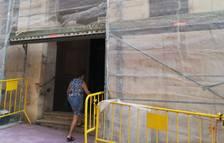 L'arranjament de la façana ha començat aquesta setmana.