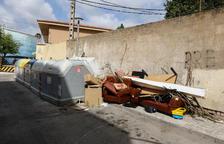 La suciedad de los más incívicos invade los barrios del Nord y de Ponent de Tarragona