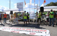 La plantilla de Saint-Gobain suspèn l'assemblea per votar el preacord i el comitè torna a negociar amb la direcció