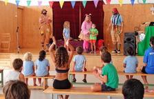 Un 'lipdub' i uns clowns tanquen el Campus d'estiu d'Altafulla