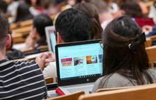 Brussel·les ofereix Erasmus «virtuals» com a alternativa a les estades a l'estranger