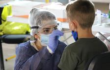 Govern i Creu Roja faran tests d'antígens ràpids als grups de casals i colònies on es detecti un positiu