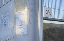 A l'exterior de l'Escola Eduard Toda de Reus, com a moltes, ja es podien veure ahir els nous circuits.