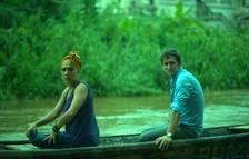 Raúl Arévalo y Candela Peña irrumpen en los cines con el thriller 'Black Beach'