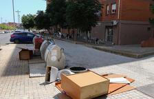 Tres nuevas sanciones de 4.000 euros por dejar voluminosos en la calle en Tarragona