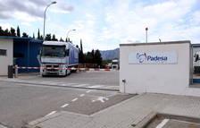 Un camió de l'empresa Padesa afectada per un rebrot de coronavirus a Roquetes.