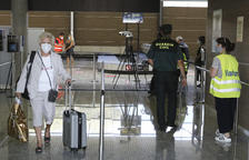 Els controls anticovid a l'Aeroport de Reus no detecten cap cas entre 13.614 turistes