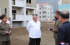 Kim Jong-un ordena eliminar els coloms i gats de Corea del Nord per aturar la covid.19