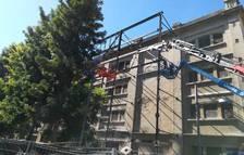 Comença el desmuntatge de l'estructura metàl·lica del Jardí Vertical de Tarragona