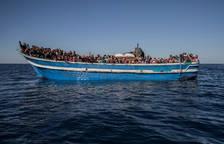 Arriba als cinemes 'Cartas mojadas', el documental sobre Open Arms i el drama migratori al Mediterrani