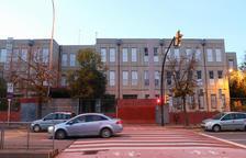 Imagen de archivo de la fachada de la escuela Joan Rebull.