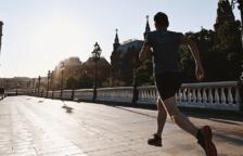 Un estudi vincula la inactivitat física a un major risc de morir de covid