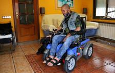 Pla sencer de Miguel Bejarano, un veí de Calafell amb una incapacitat del 96% per un accident laboral ocorregut el 2006.