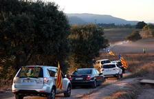 Centenares de vehículos rodean Lledoners para denunciar los tres años del encarcelamiento de los 'Jordis'