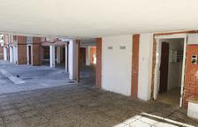 Una imatge d'arxiu d'un edifici sense porta al barri.