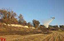 Un incendi forestal a Santa Coloma de Queralt activa 9 dotacions de Bombers