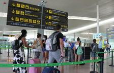 Espanya exigirà una PCR negativa als viatgers de països de risc a partir del 23 de novembre