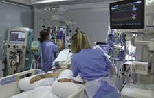 França supera 2.000 pacients en UCI per covid i torna als nivells de juny