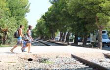 Adif torna a licitar la redacció del projecte per integrar l'antiga via entre l'Hospitalet i PortAventura