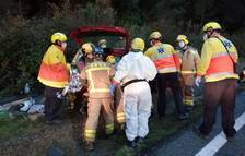 Ferit greu després de quedar atrapat a l'interior del cotxe després de patir un accident a Vandellòs