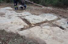 Un sector del front de pedrera d'època romana que ha quedat al descobert a l'entorn del Pont del Diable.