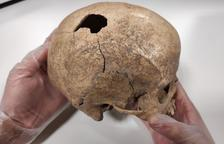 Investigadors treuen a la llum una mort violenta de fa 5.000 anys a la Cova Foradada de Calafell