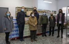 Una empresa de Vila-seca lliura prop de 2 tones d'aliments al Banc d'Aliments