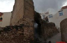 Crema una casa abandonada a Móra d'Ebre