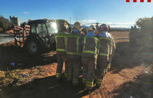 Dos ferits després de topar un tractor i un camió a la TV-3319 a Ulldecona