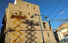 Una dona 'remendadora' serà la protagonista d'un mur al barri del Serrallo