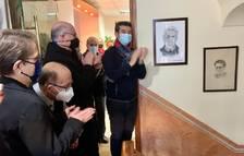 Se ha colocado un retrato de Mossèn Barenys en la escalera del consistorio.