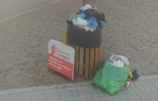 Els veïns de la Granja, farts de l'incivisme i la manca de neteja