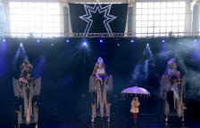 Los Reyes Magos adelantan su llegada a Tortosa con un espectáculo de bienvenida en el pabellón de Ferreries