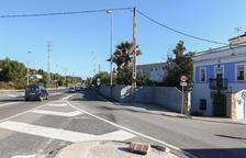 Un semáforo mejorará la salida de la Savinosa a la N-340 este 2021