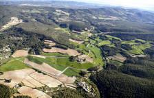 Vista aèria de la zona de Valldossera, que aplega diverses urbanitzacions de l'extrem sud-est del municipi de Querol, a l'Alt Camp.