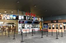 Forta davallada de clients als cinemes a causa del confinament municipal