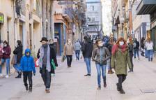 Espanya suma un nou rècord de contagis amb 93.822 casos en un cap de setmana