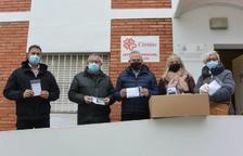 Salou hace una donación de 600 mascarillas confeccionadas por el Grup de Dones a Càritas