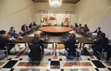 Plano general de la reunión extraordinaria del Consell Executiu que tiene que formalizar el decreto de aplazamiento de las elecciones.